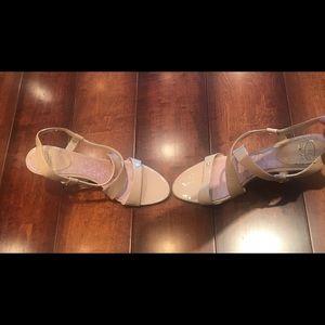 Shoes - 🔸Cream Heels🔸9 1/2 M